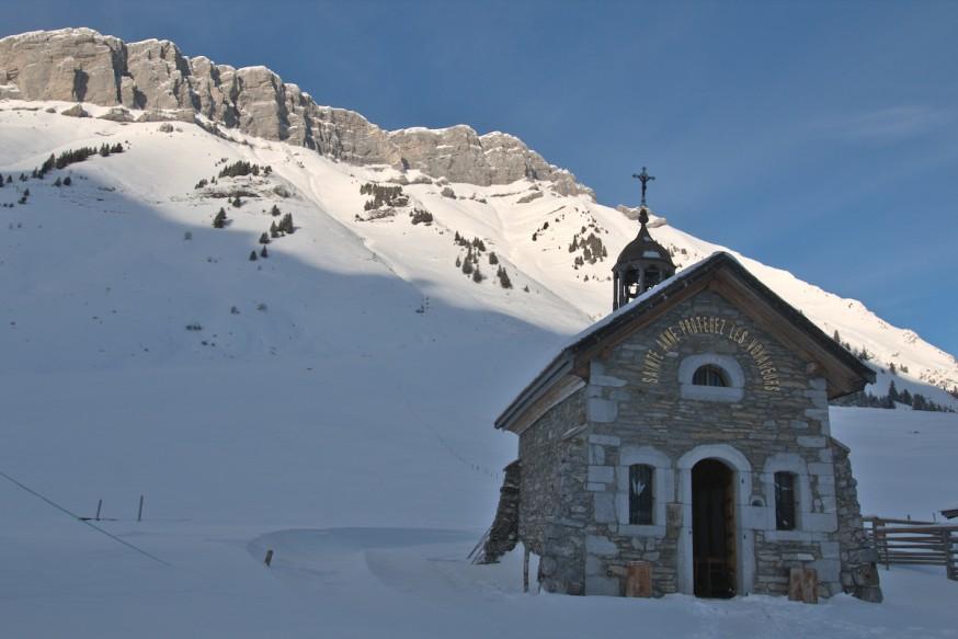 Chapelle Ste-Anne du col des Aravis