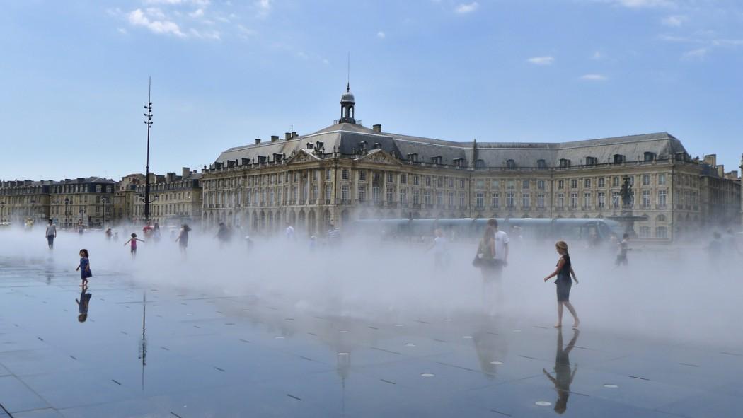 Bordeaux en 13 photos cassonade et camembert for Miroir d eau bordeaux