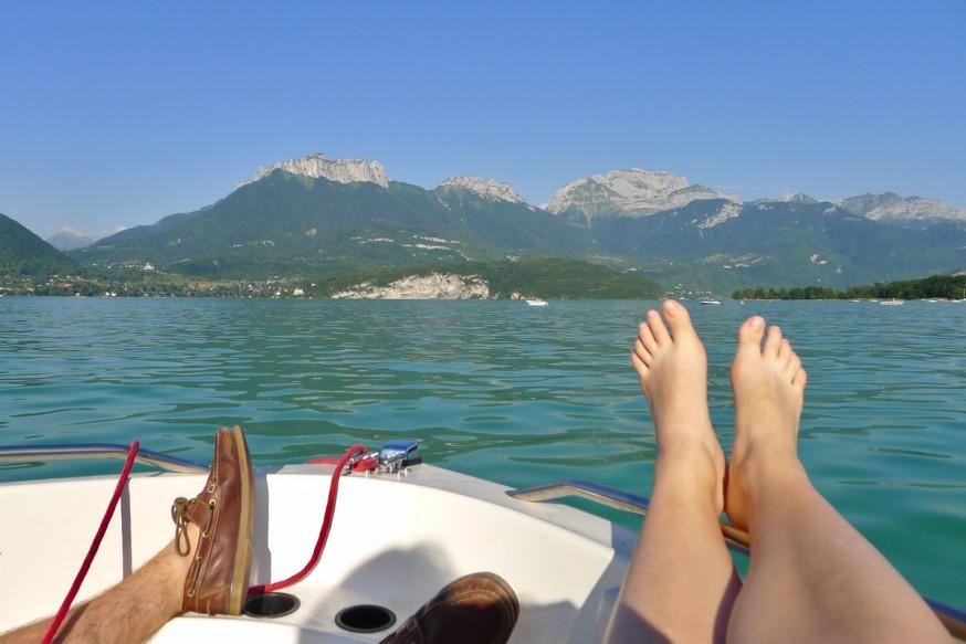 Lac d Annecy - Sur un bateau la vie est belle