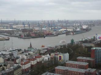 Vue sur le port de Hambourg