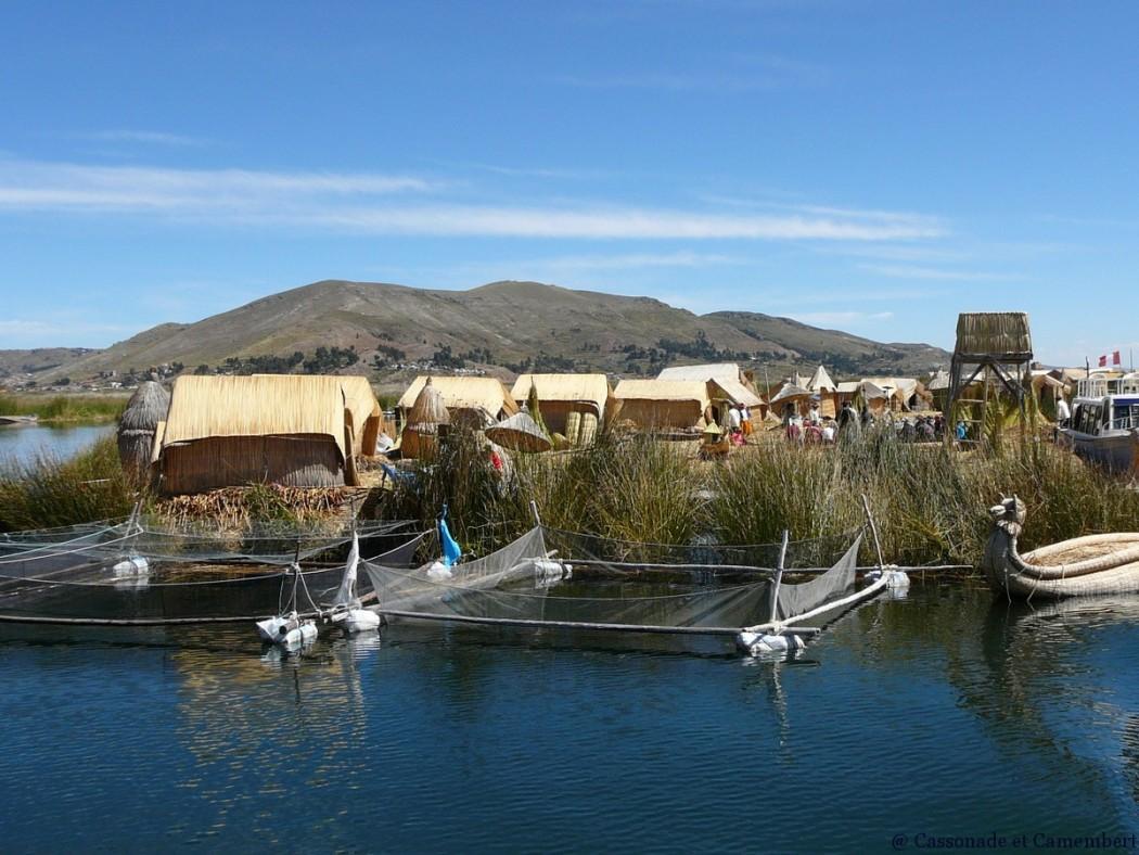 Filets pisciculture iles uros lac titicaca