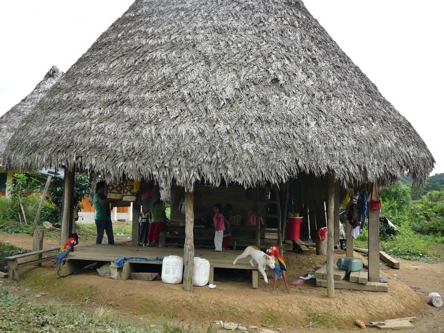 Comunidad nativa de Huacaria - Habitation principale