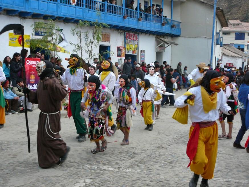 Chukchu - Virgen del Carmen - Paucartambo