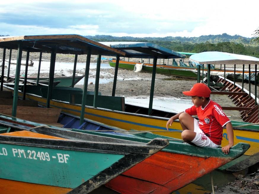 Pirogues port Atalaya