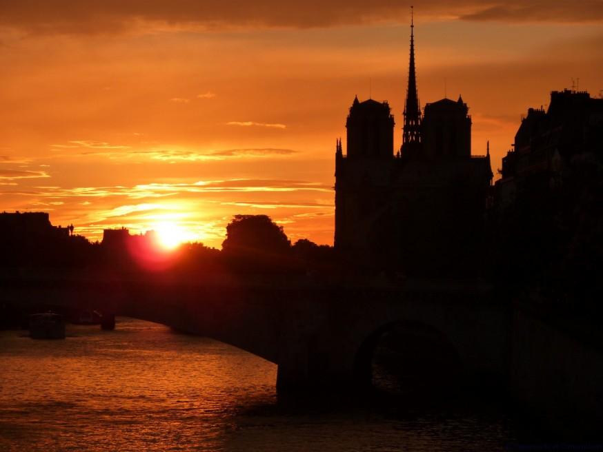 Coucher de soleil Notre-Dame de Paris
