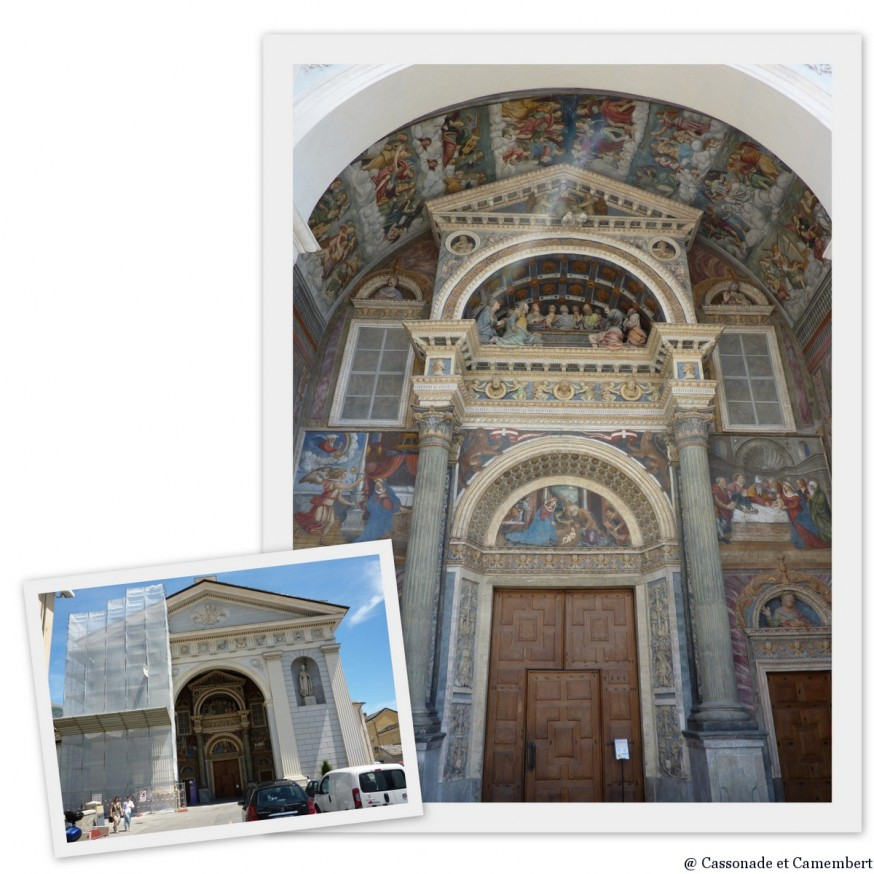 Portail de la cathedrale d Aoste