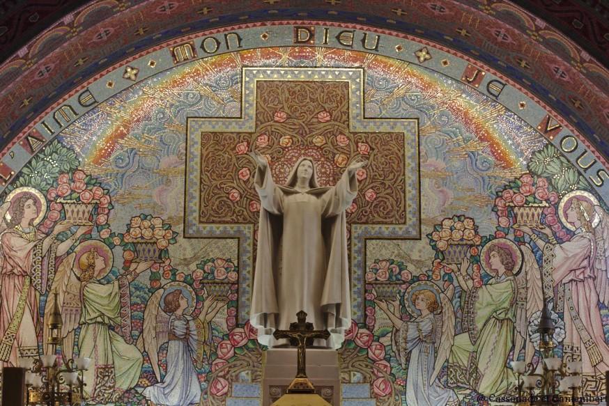 Mosaique choeur basilique inferieure - Basilique de Lisieux