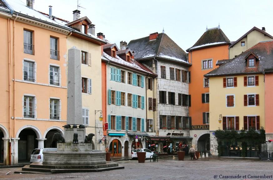 Place Notre Dame Annecy sous la neige