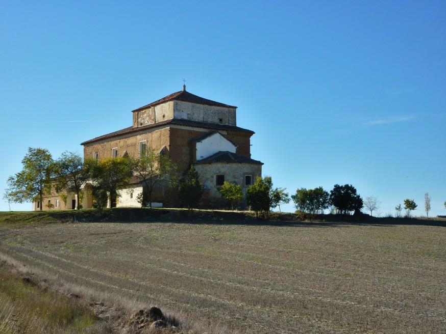 Ermita de la Virgen del Rio Compostelle Meseta