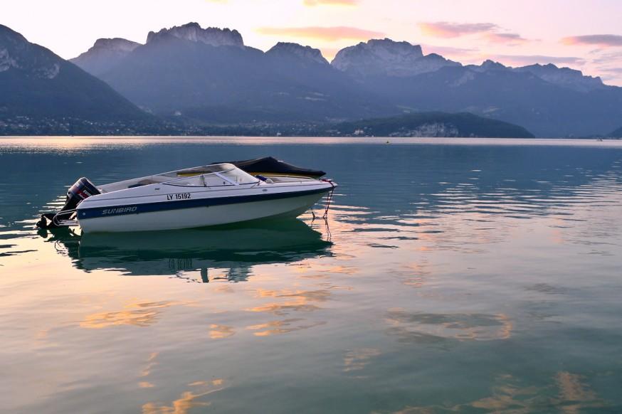 Lever de soleil lac Annecy