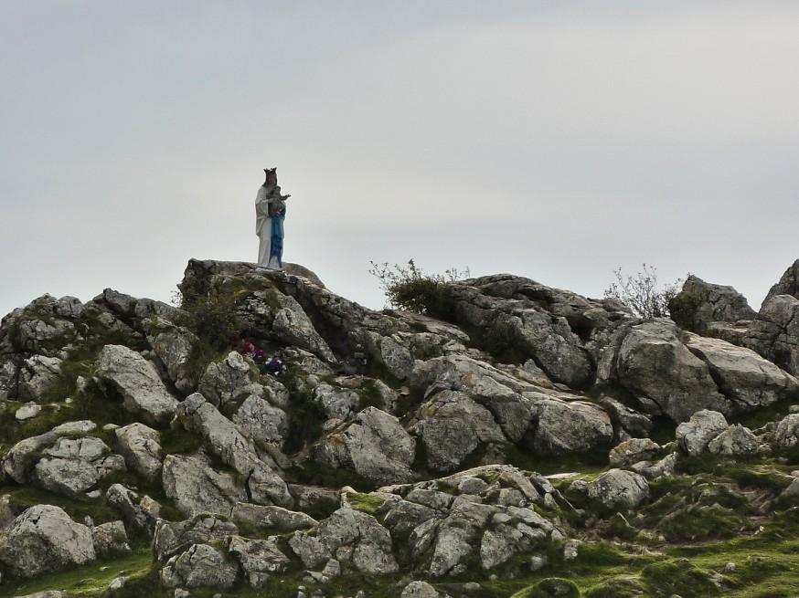 Vierge Orisson compostelle roncevaux