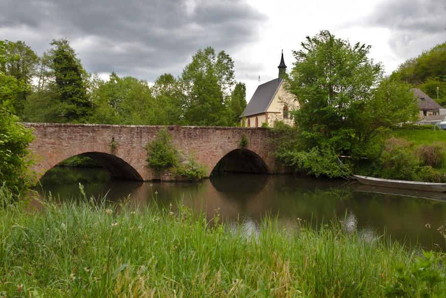 Pont sur le Mud et Laurentiuskapelle - Miltenberg