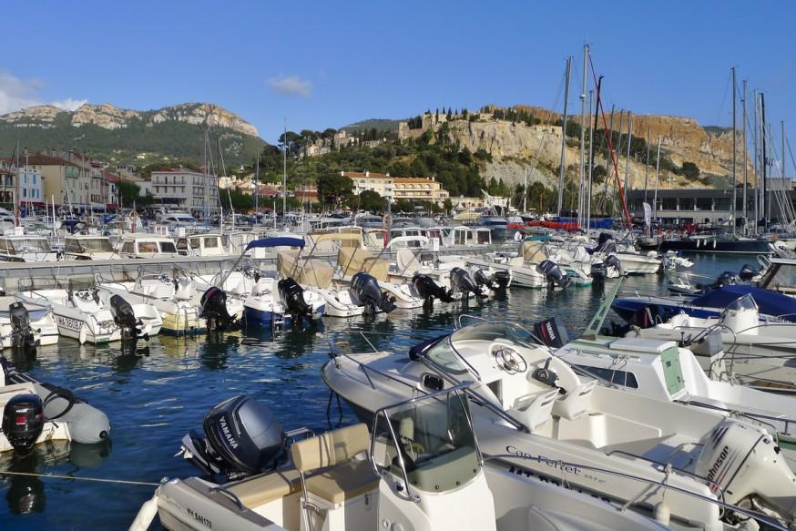Port de Cassis - Bateaux à moteurs