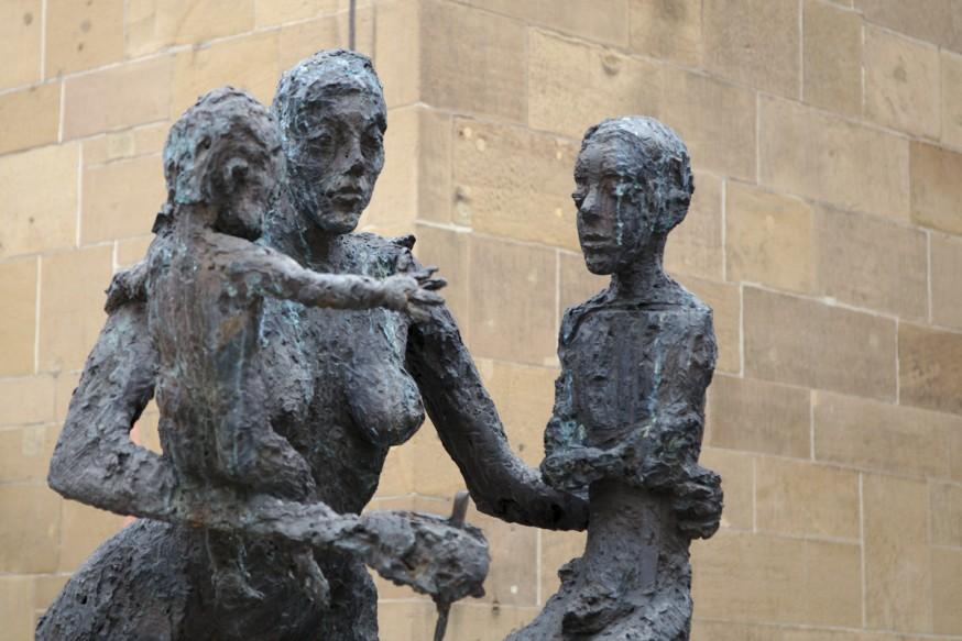Statue devant Kilianskirche Heilbronn