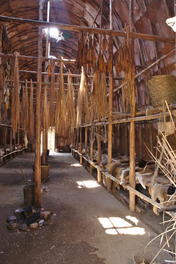 Intérieur - Maison longue - Indiens Hurons - Midland