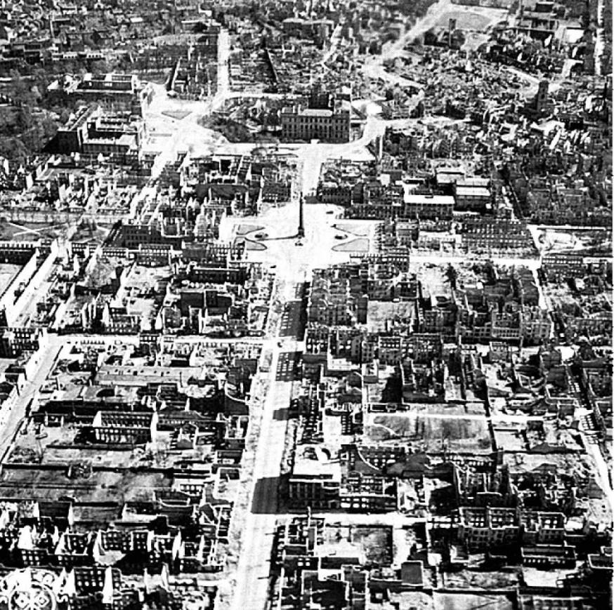 Darmstadt après les bombardements de 1944 - Source : p-stadtkultur.de
