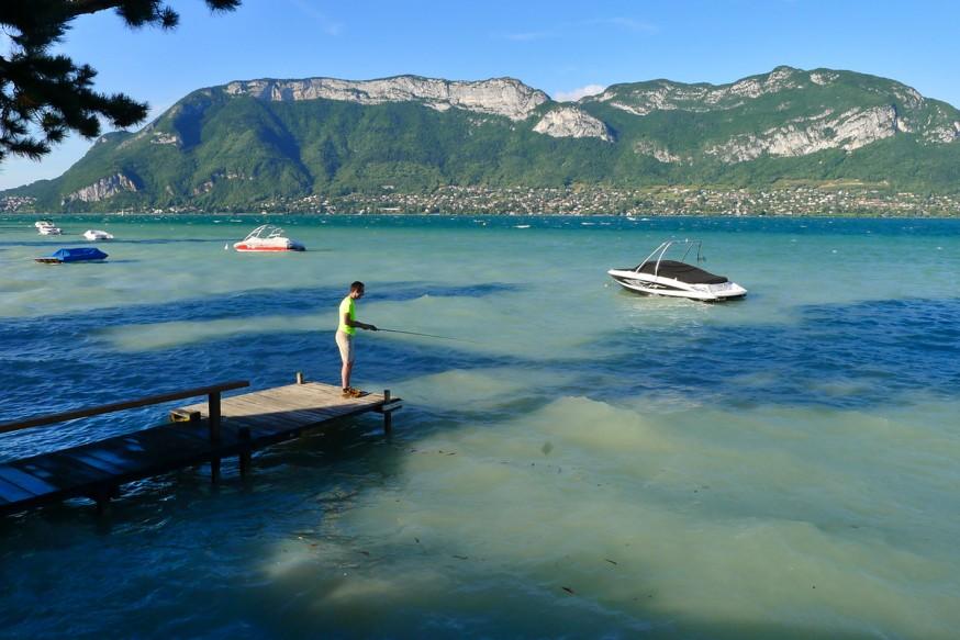 Lac d Annecy - Peche dans le lac