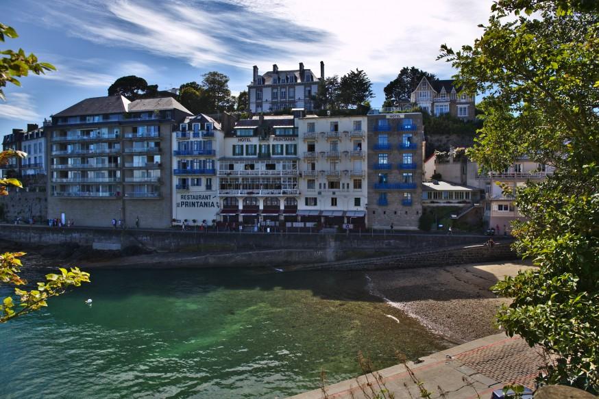 Dinard - Restaurants les pieds dans l eau